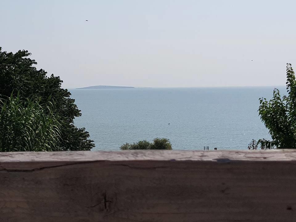 lacul razim cazare delta dunarii