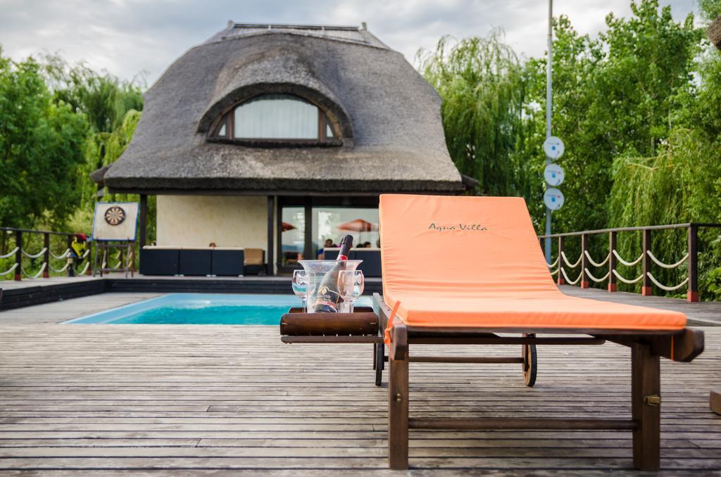 pensiunea aqua villa
