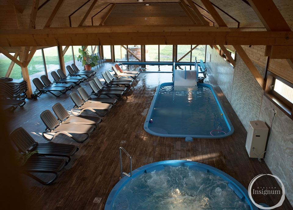 castel cu piscina transilvania
