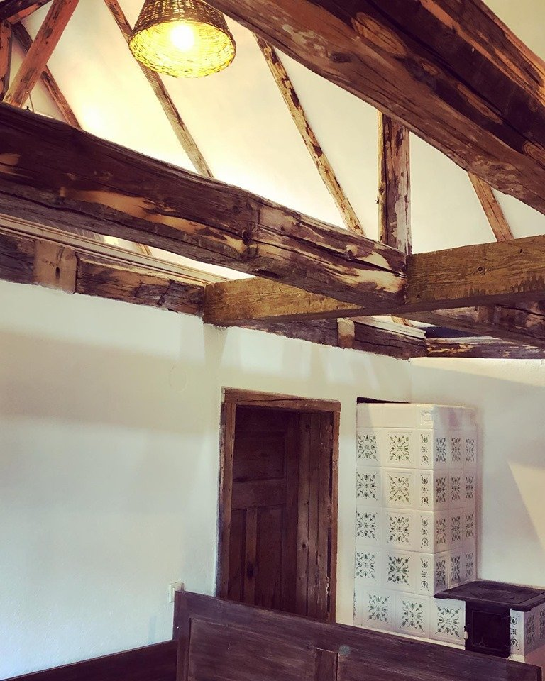 cazare case traditionale restaurate porumbacu