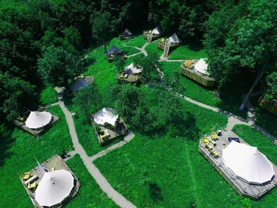 cazare glamping green camp