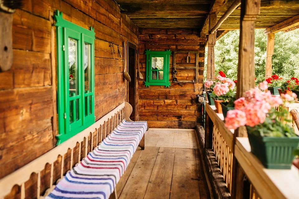 cazare case traditionale viseu de sus