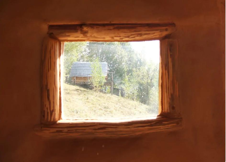 cazare case ecologice
