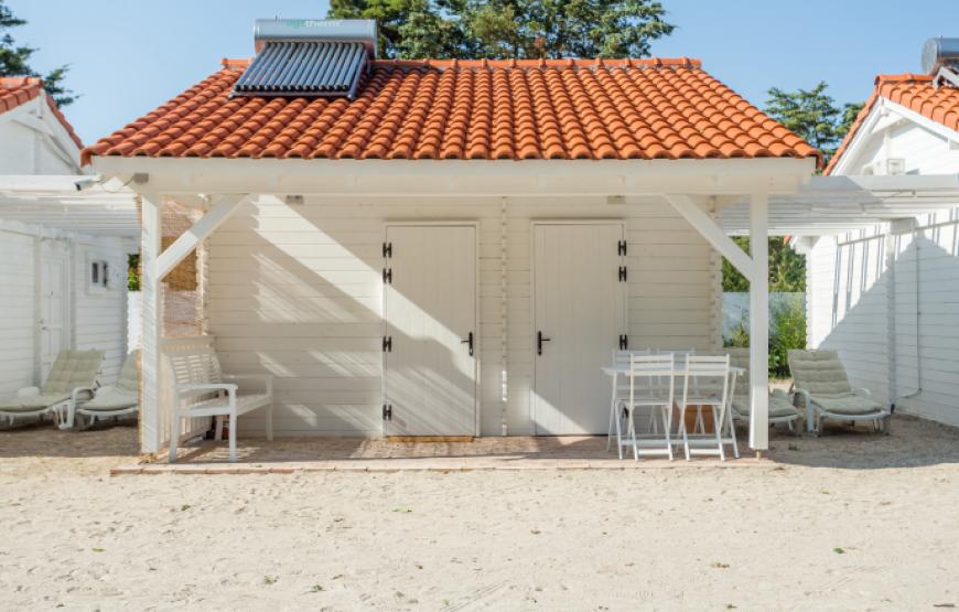 bungalow pe plaja romania
