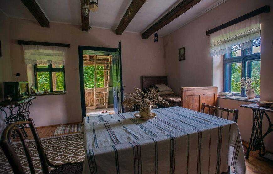 Casa din Șona tara fagarasului